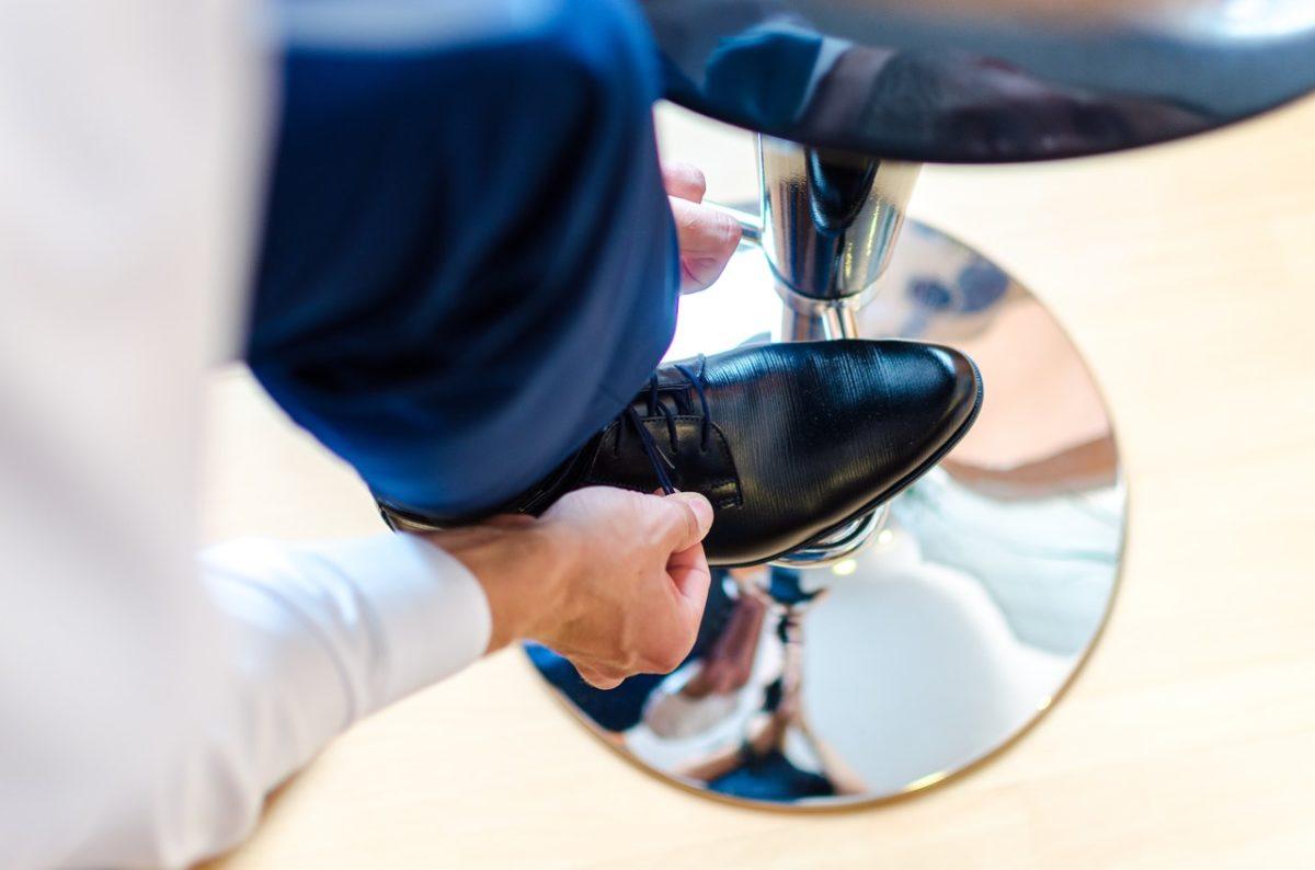 desatan-cordones-zapatos-tiamer